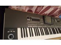 Korg pa3x 76 keys with 1 year warranty in box