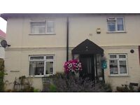 Clean 3 DOUBLE BEDROOM Masonite First Floor( Close to Heathrow West Drayton)