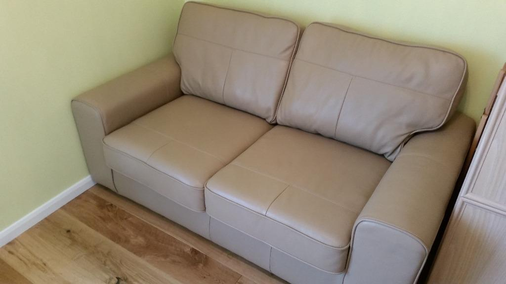 Otis 2 seater leather sofa bed in pebble colour in for Sofa bed gumtree london