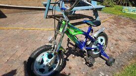 Children's Learner bike with stabilisers