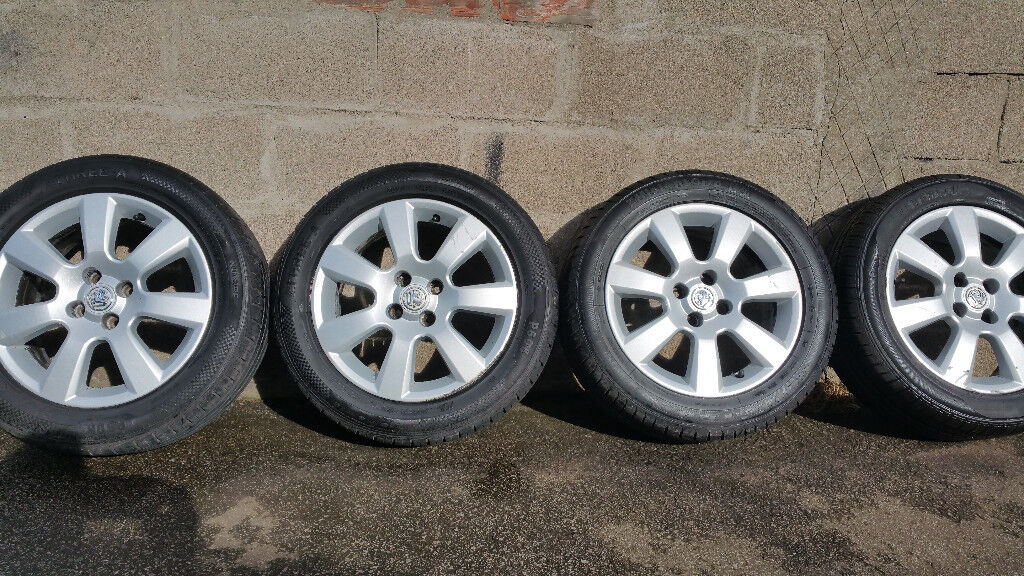Vauxhall Genuine 16 alloy wheels + 4 x tyres 205 55 16
