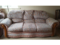 A 3 piece Sofa to sell (2 single seaters and a 3 seater)-In Good Condition.