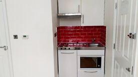 Nice,modern,clean Studio flat in Hendon Central.