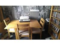 Dining table with 4 chairs (dropleaf)