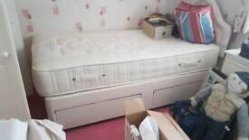 divan bed 2 draws