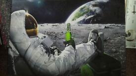 Canvas picture.medium/large space man