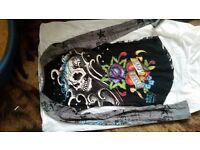 Ed hardy womans SMALL