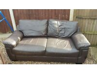 Sofa with 2 chairs