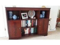 Mahogany veneer display unit