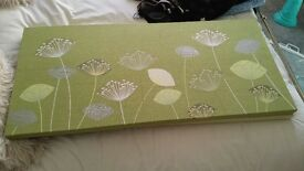 Dunelm Green Flower Canvases x 2