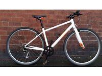 Light Weight Pinnacle Hybrid 2015 Bike