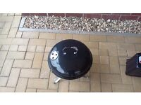 Kettle style barbeque New, never used