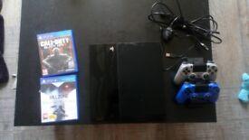 PS4 500GB - 2 controllers + dock - COD BO3 and KZ shadowfall