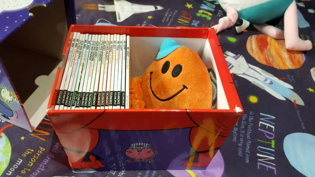 Mr men glitter collection in box with toy