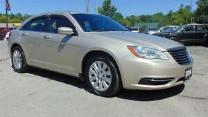2014 Chrysler 200 LX - CLEAN CARPROOF !! ONLY 18,000 KMS !!!!!