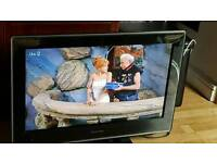 Toshiba 32 lcd tv with dvd built in