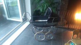 Vintage dolls Silver Cross pram