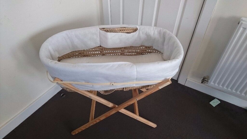 Moses basket. Clean and tidy. Non smoking house.