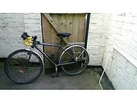 Child's Isla road/touring bike. SELLING ASAP IF POSSIBLE