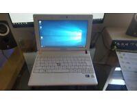 Pink Samsung Notebook N145 Plus 1.66GHz, 1Gb, 250GB HDD Windows 10