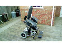 ELECTRIC WHEEL CHAIR STAND ASSIST RISER AND RECLINER