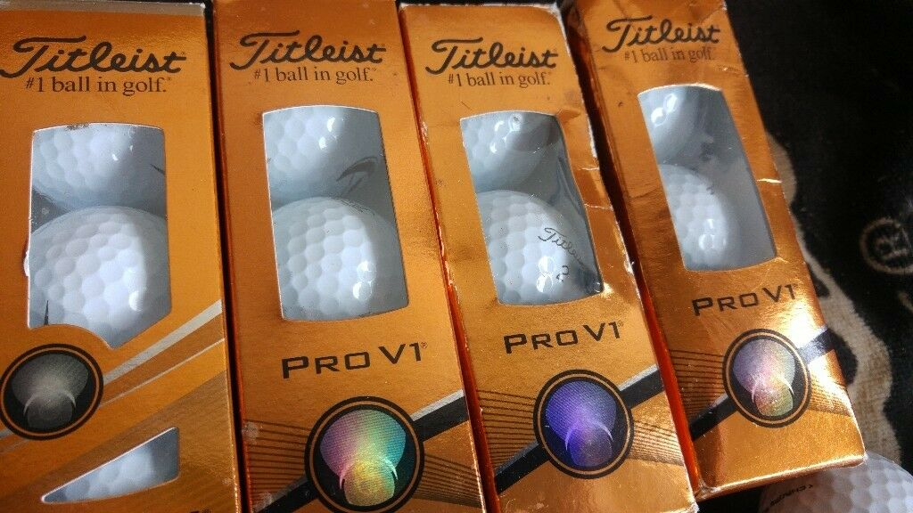 Titleist PRO V1 Balls Brand new in sleeves of 3 , 6 balls have logos 6 dont , 12 balls in all