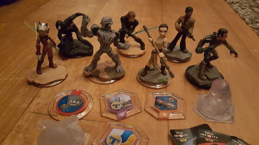 Disney Infinity 3 for Xbox 360 (game and figures)
