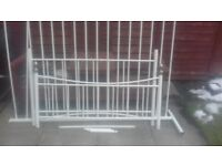 Metel white double bed frame