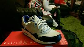 Nike trainers Air max