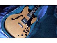 Yamaha SA800 semi- acoustic electric guitar - Gibson ES 335 beater!