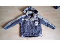 Boys ski Jacket - age 14. In excellent condition, worn for only a couple of weekends