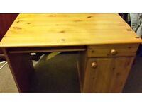 Pine desk used good condition £50 ono