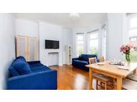 Chiswick - Beautiful duplex 3 bed Victorian conversion