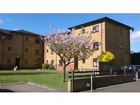 One bed flat, Cowley central area, close to buses, shops, convenient for city centre, universities