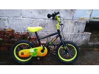 Boys bicycle, can include stabilisers