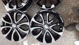 17'' Nissan alloys