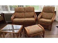 SUPERB RATTAN SUITE RRP 1100 CAN DELIVER FREEEE