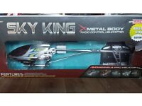Remote Control Helicopter [Sky King, Super RC Helicopter.} L:910mm X W:140mm X H:300 Very Big!