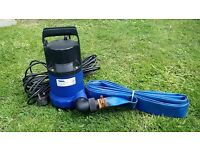 Submergible water pump