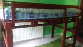 Pallet bunk bed with mattress