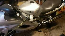 Kawasaki zzr1200