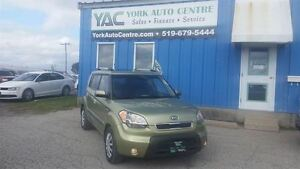 2010 Kia Soul 2.0L 4u; A/C, Power Sunroof, P/Group & More!
