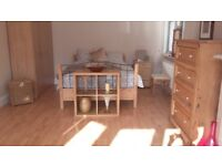 Bedsit in a Stunning and Beautiful home near Bus garage. Internet and Bills included