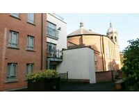 2 bed ensuite city Centre flat with roof terrace