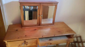 WOODEN TABLE WITH 5 SHELVES & WOODEN MOUNTABLE CABINET WITH 2 MIRRORED DOORS FOR SALE !!!