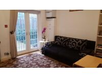 1 minute to tube, 13 minutes Oxford Circus by tube. Real wood floors. Private south facing garden.