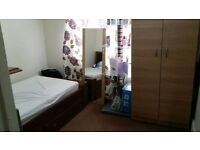 1 Single Room To Let in Ilford on Stains Road, IG1 2XF * Suitable for Females only !