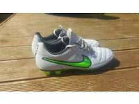 Nike size 9 football boots