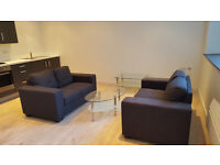 * 2 BED APARTMENT * FURNISHED * CLOSE TO BROADWAY * SECURE PARKING AVAILABLE *