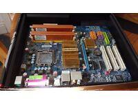 Motherboard, CPU, RAM bundle (Intel Q9550, 4GB GEiL RAM, GA-P35C)